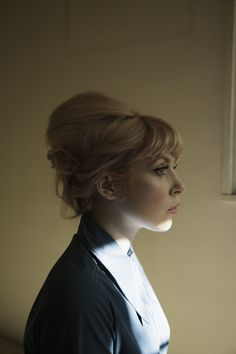 Fabulous updo...now that I have betty bangs  again! If only I could find somewhere fancy enough to go with it...