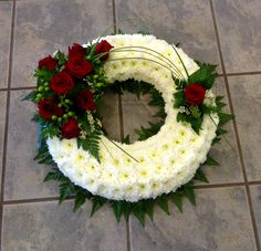 Casket Flowers, Grave Flowers, Funeral Flowers, Funeral Flower Arrangements, Flower Arrangements Simple, Christmas Wreaths, Christmas Decorations, Holiday Decor, Sympathy Flowers