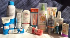 Alegerea produselor pentru protectie solara vara este uneori dificila, articolul contine recomandari de produse cu diverse texturi: spray, crema, stick.