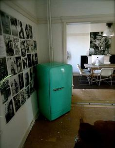 koelkast on pinterest refrigerators retro fridge and. Black Bedroom Furniture Sets. Home Design Ideas