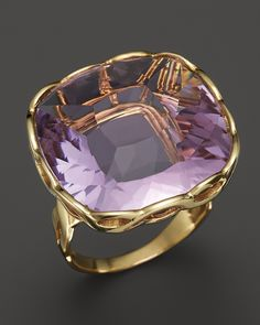"""Roberto COIN-""""Ipanema"""" Square Amethyst Ring in yellow gold. Pearl Jewelry, Antique Jewelry, Jewelry Rings, Jewelry Accessories, Fine Jewelry, Jewlery, Roberto Coin, Fantasy Jewelry, Violet"""