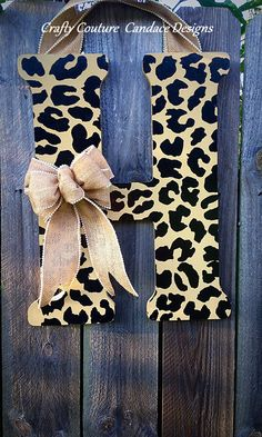 Letters are 18 tall and thick. All letter are topped with a burlap bow and matching burlap hanger. Any letter or color pair can be Cute Crafts, Crafts To Do, Kids Crafts, Craft Projects, Arts And Crafts, Burlap Bows, Front Door Decor, Wooden Letters, Door Hangers