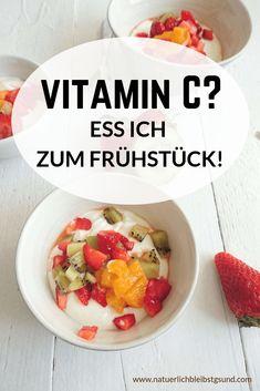 In welchen Nahrungsmitteln steckt besonders viel Vitamin C? Wieviel Vitamin C brauche ich? Wodurch ensteht vermehrter Bedarf? Wie äußern sich Mangelerscheinungen?  Das und mehr erfährst du auf www.natuerlichbleibstgsund.com Vitamin C, Cooking, Breakfast, Fitness, Food, Daily Vitamins, Healthy Food, Food Items, Food Food
