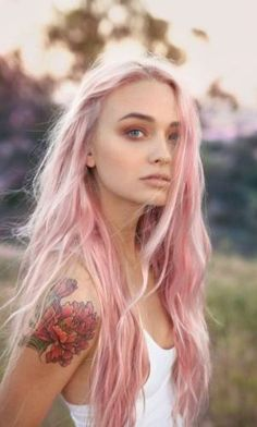 this pink hair chalk is beautiful!