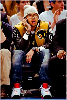 Chris Brown looks like an idiot Trey Songz, Big Sean, Ryan Gosling, Rita Ora, Nicki Minaj, Estilo Swag, Chris Brown Style, Chirs Brown, Bae