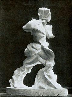 Umberto Boccioni, sculpture in plaster