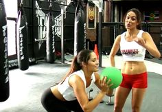 Bella Twins Nikki Bella and Brie Bella Workout Routine, Fitness, Health & Careers10