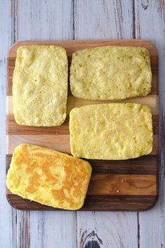 This keto microwave sandwich bread is great for whenever that sandwich urge strikes. Ready in just two minute this bread is perfect for any type of sandwich you can imagine. Gluten-free grain-free Paleo ketogenic and low-carb. Made with just six simpl Ketogenic Recipes, Gluten Free Recipes, Low Carb Recipes, Cooking Recipes, Bread Recipes, Cheese Recipes, Chicken Recipes, Low Carb Bread, Keto Bread