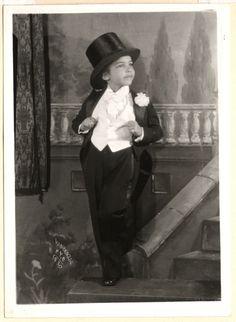 Unidentified boy, 1927. James van der Zee.