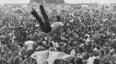 22 Beautiful Woodstock Photos That Make You Feel Like You Were There