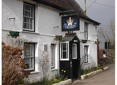 The Crown Inn in Cornwall, one of the oldest and most authentic pubs in the area.  Within close proximity to The Eden Project, Lostwithiel and Lanhydrock.