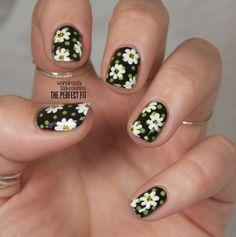 Daisy Nails one nail tho Get Nails, Hair And Nails, Nail Pops, Daisy Nails, Uñas Fashion, Nails First, Nail Ring, Flower Nail Art, Colorful Nail Designs