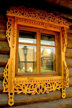 Russian wooden house, window in a beautiful carved frame. Wooden Architecture, Russian Architecture, Beautiful Architecture, Architecture Details, Window Frames, Window Sill, Window Boxes, Old Windows, Windows And Doors