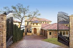 Palmieri Residence - mediterranean - exterior - austin - Vanguard Studio Inc.