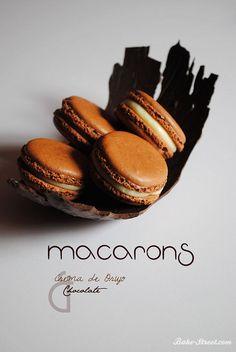 Macarons de Chocolate y Crema de Orujo