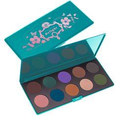 Neve Cosmetics: Palette con Makeup Delight  #nevecosmetics #makeup #palette #eyeshadowpalette #newcollection2013 - http://www.tentazionemakeup.it/2013/11/neve-cosmetics-palette-con-makeup-delight/