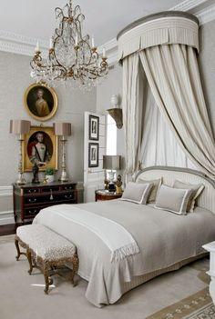 Jean-Louis Deniot designed apartment on rue de Saint-Peres in Paris.