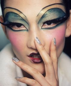 Definitely do your makeup like this for the wedding!