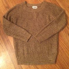 Madewell sweater Slightly oversized Open knit sweater with gold thread Madewell Sweaters Crew & Scoop Necks