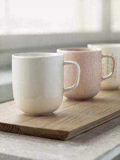 Sarjaton from Iittala   NordicDesign  I want a pale pink mug!