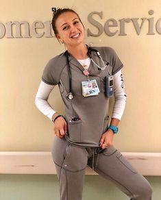 Beautiful Females, Sexy Nurse, Scrub Life, Female Doctor, Nurses, Doctors, Scrubs, Goals, Hot