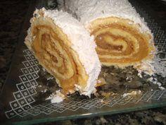 Massa básica para rocambole, fica macia e deliciosa, super fácil de fazer e de enrolar com o recheio.Experimente essa delicia!!!!  http://cakepot.com.br/massa-basica-para-rocambole/