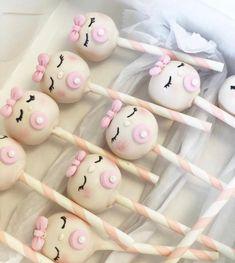 Baby Shower Treats, Baby Shower Cake Pops, Baby Boy Shower, Bee Cake Pops, Pink Cake Pops, Macaroon Wedding Cakes, Luau Baby Showers, Christmas Cake Pops, Birthday Cake Pops