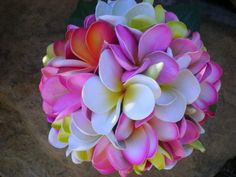 Plumeria Frangipani Brides Bouquet por flowersbythevase en Etsy