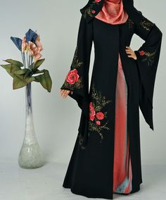 #abaya #abaystyle2016 Traditional Abayas VS. Modern Embroidered and Double Coat Abaya Designs