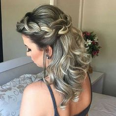 Amazing Rope Braided Long Prom Hairstyles 2019 to Fuel Your Style Addiction Amazing Rope Braided Lon Prom Hairstyles For Short Hair, Cool Braid Hairstyles, Bride Hairstyles, Twist Ponytail, Stylish Hair, Bridesmaid Hair, Fall Hair, Hair Dos, Bridal Hair