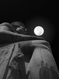 Twitter / _Paisajes_: Luna llena en Egipto. ...