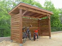 Would like to know about backyard shed plans? Then this is definitely the right place! Outdoor Bike Storage, Bbq Shed, Bike Shelter, Range Velo, Cheap Sheds, Diy Shed Plans, Backyard Patio Designs, Shed Homes, Building A Shed