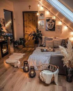 Cute Bedroom Decor, Room Ideas Bedroom, Home Bedroom, Bedroom Wall, Master Bedroom, Bedroom Scene, Couple Bedroom, Aesthetic Room Decor, Cozy Room