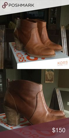Michael Kors Wyland Boot Like new! It's a great shoe with perfect leather and a cute stacked heel. KORS Michael Kors Shoes Heeled Boots