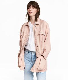 Powder pink. CONSCIOUS. Jacket in soft Tencel® lyocell twill with a collar. Zip and wind flap at front with concealed snap fasteners. Chest pockets, front