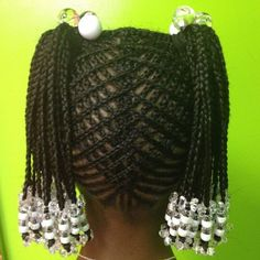 In mainstream, afro hair has seen very little lime light as a trend with the exception of Alicia Keys's introduction days. Kids Braided Hairstyles, Creative Hairstyles, Little Girl Hairstyles, African Hairstyles, Children Hairstyles, Ladies Hairstyles, Dreadlock Hairstyles, Fringe Hairstyles, Modern Hairstyles