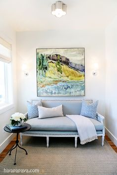 Scale of artwork + furnishings. House of Turquoise: Caitlin Creer Interiors & Hiya Papaya Photography