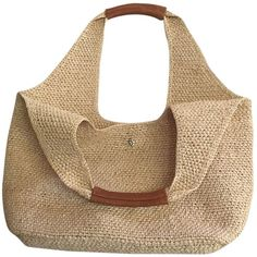 Save on the Helen Kaminski Pia Small Natural Leather and Raffia Beach Bag! This beach bag is a top 10 member favorite on Tradesy.For the majority of women, buying an authentic designer handbag just isn't something to rush into. As these bags can be s Crotchet Bags, Crochet Tote, Crochet Handbags, Knitted Bags, Summer Purses, Summer Handbags, Summer Bags, Laptop Bag For Women, Leather Diy Crafts
