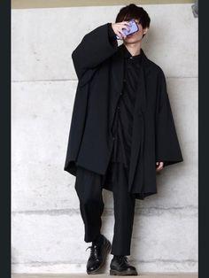 今回のコーデは完全個性に走りました😓 取り敢えずモード系を意識しました。 いつもと雰囲気が違ってす Korean Fashion Men, Boy Fashion, Mens Fashion, Mode Style, Zine, Cute Outfits, Normcore, How To Wear, Clothes