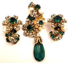 Vintage Signed DeMario NY Brooch / Pin Earrings Wired Glass Rhinestones Haskell  heart4vintage (seller) ebay.com