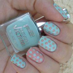Pastel polka dot manicure