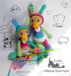 Ну вот наконец и зайки родились  #doll #crochetdoll #handmade #handmadedoll #amigurumi #tinycrochet #toy #вязаная_кукла #кукларучнойработы #кукла #animedoll #weamiguru #weamigurumi #amigurumidoll #вязанаякукла #амигурумикукла #амигуруминазаказ #ami  #амигуруми #amigurumidoll #handmadegifts #instacrochet #куклыназаказ #куклынапродажу  #мастеркрафт #инста_ярмарка  #хочу_в_ленту_yh #mycreative_world #villy_vanilly_shop #sfl_дыханиевесны_leka_crochet by leka_crochet