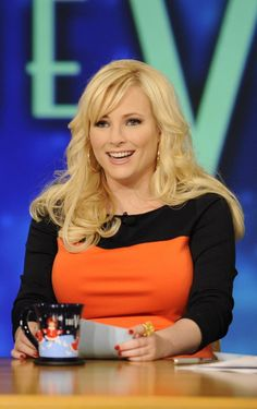 Meghan McCain is reportedly being considered for a spot on 'The View.' I have NEVER watched the show, but would definitely start if Meghan joined the cast. She very well represents my political stance. Fox News Anchors, Female News Anchors, Beautiful Legs, Gorgeous Women, Meghan Mccain, Rosie Odonnell, Perfect Figure, Fit Girl Motivation, Very Well