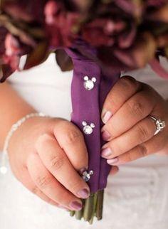 10 Disney Wedding Ideas to Have the Perfect Fairytale Wedding Disney Hochzeitsideen Diy Wedding Bouquet, Diy Bouquet, Wedding Flowers, Bouquet Wrap, Bridal Bouquets, Wedding Colors, Trendy Wedding, Perfect Wedding, Dream Wedding