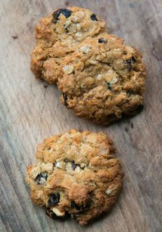 Cranzac Cookie Recipe by David Lebovitz. Adapted from the classic Anzac Biscuits, popular in New Zealand and Australia with reduced fat. With oats, cranberries, and coconut