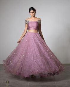 Best Bridal Lehenga designs this wedding season! Lehenga Crop Top, Half Saree Lehenga, Lehnga Dress, Cotton Lehenga, Lehenga Blouse, Half Saree Designs, Choli Designs, Lehenga Designs, Churidar Designs