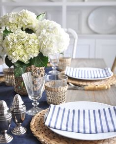 A little throwback to a table setting from summer as inspiration for my Thanksgiving table this year.think I'm going with inky navy,… Dining Room Table Decor, Deco Table, Decoration Table, Dining Rooms, Blue Table Settings, Easter Table Settings, Rustic Home Interiors, Blue Interiors, Table Set Up