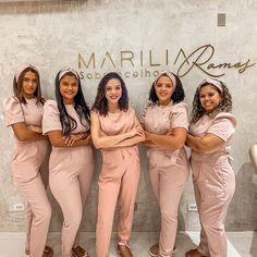 Beauty Salon Uniform Ideas, Beauty Room Salon, Beauty Room Decor, Beauty Studio, Nail Salon Design, Salon Interior Design, Dental Aesthetics, Spa Uniform, Spa Room Decor