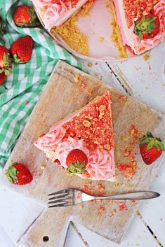It makes a stunning presentation when served, or on a dessert table. Whether you're serving this after a wonderful dinner, or at brunch, it's sure to be a hit. Strawberry Shortcake Cheesecake, Best Cheesecake, Dessert Table, Brunch, Presentation, Baking, Dinner, Eat, Tableware