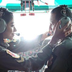 airplane prewedding, prewedding jakarta, prewedding pilot, prewedding TNI, engagement photo, prewedding bogor, prewedding bandung